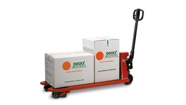 Rent a pallet truck from Dockx Rental