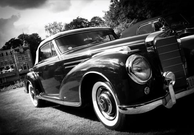 Rent a ceremonial vehicle Dockx Rental